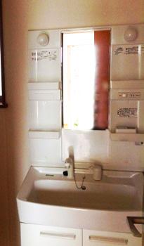 施工事例 : 洗面台 BEFORE
